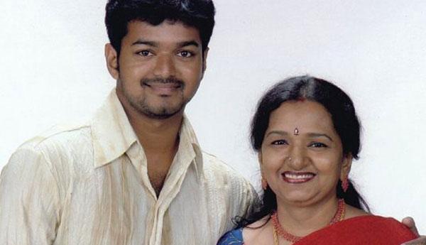 Vijay's mother has a Wish